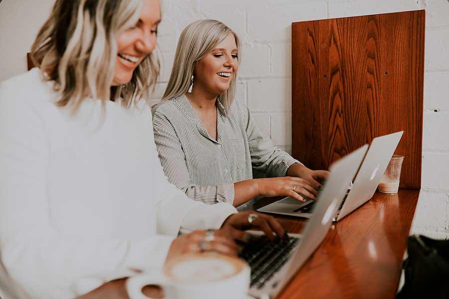 Bloggausvirheet | naistenlehtien kirjoitustyyli